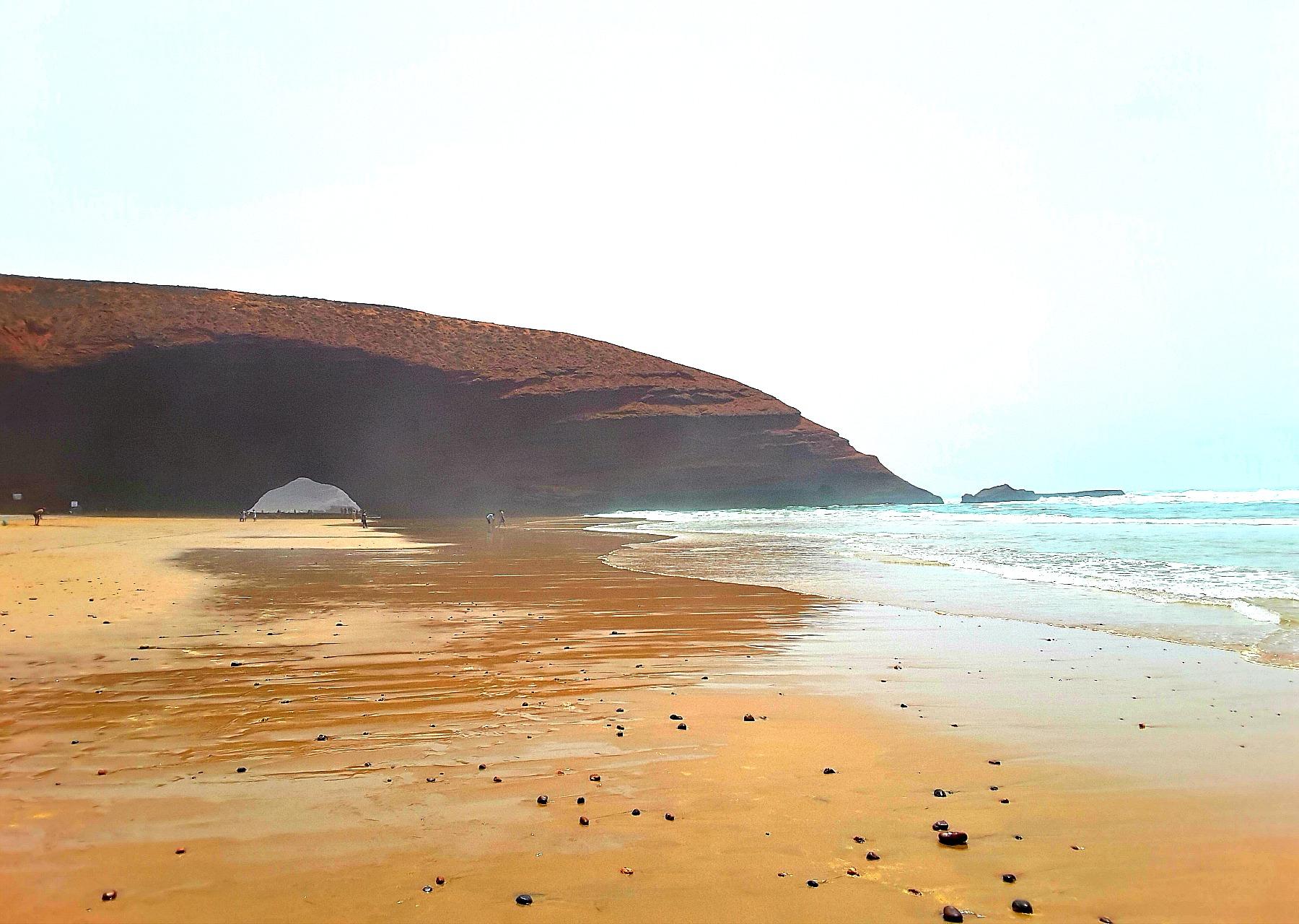 Łuki skalne na Legzira Beach