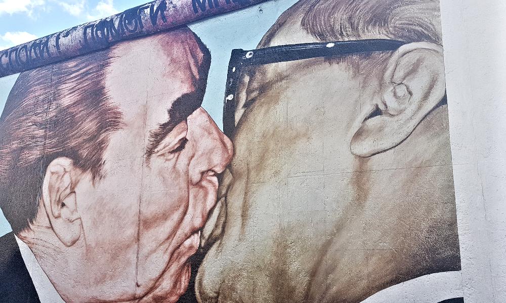 Braterski Pocałunek